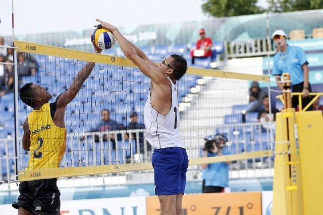 صعود تیم ملی الف والیبال ساحلی به دور حذفی با سرگروهی