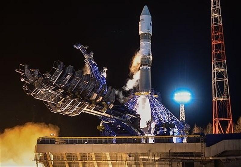 پرتاب موشک سایوز-2 به همراه ماهواره نظامی در روسیه